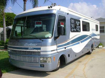 1999 Fleetwood Pace Arrow RV