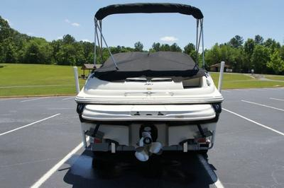 2004 Sea Ray Sundeck Mercruiser