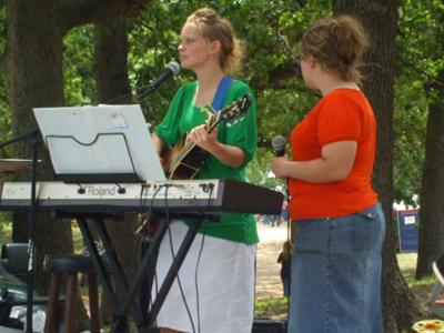 Ruby and Rebecca singing at a Dewberry Festive in Cameron,TX.