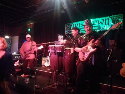 Groove Thang Live