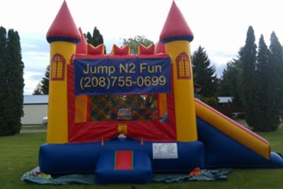 Bounce House/slide combo unit.
