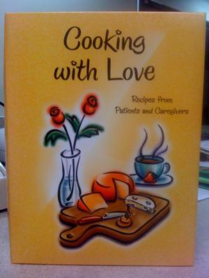Hardback, 3-ring binder cookbook.