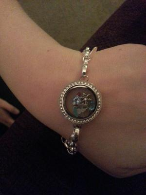 One of our beautiful bracelets.