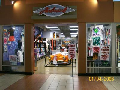 Airbrush clothing stores
