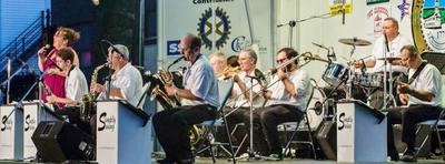 Simply Swing in Concert.