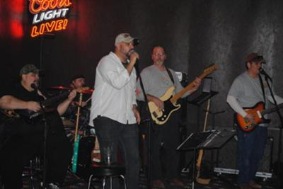 DixieTrain Playing at the Rusty Spur.