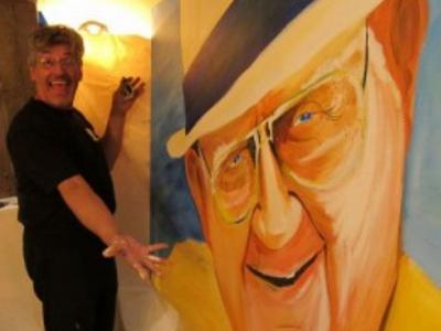 Ty the Art Guy creates a 6' portrait of Byron Nelson at a Charity event.