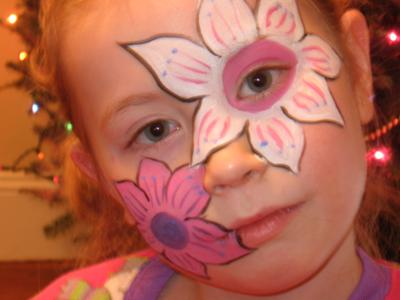 My name is Katie McNamara owner and artist of WackaDoodles Face Painting