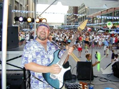 Bobby Z - guitar, harp, vocals.