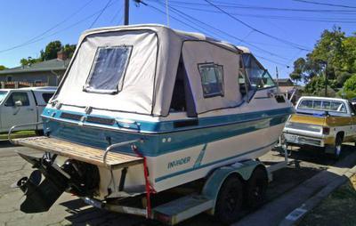1989 Invader Cuddy Cabin