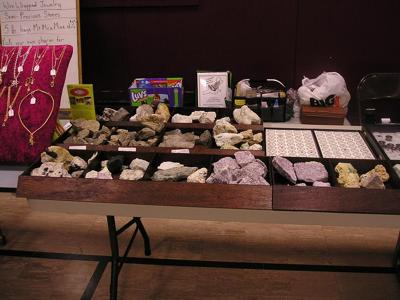 New England Mineral Adventures - Minerals, Gems, Jewelry, Tools