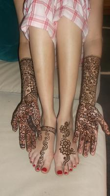Bridal henna tattoos design.